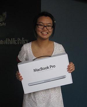 macbook pro winner Paulin Lyn